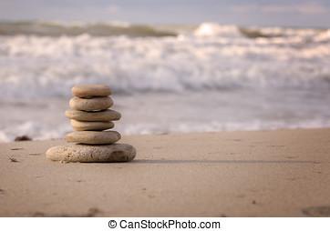 stapel, van, steentjes, op, de, zee kust