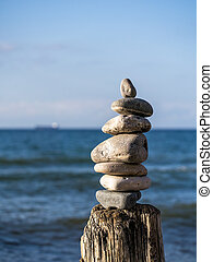 Staple of stones on a groyne