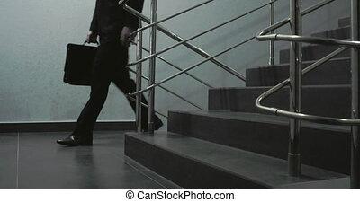 stappen, toonaangevend, om te, kantoor