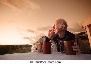 starší, usmívaní, dvojice