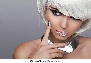 stare., mode, blonde , girl., beauty, verticaal, sexy, woman., witte , kort, hair., vrijstaand, op, grijze , achtergrond., gezicht, close-up., hairstyle., fringe., mode, style.