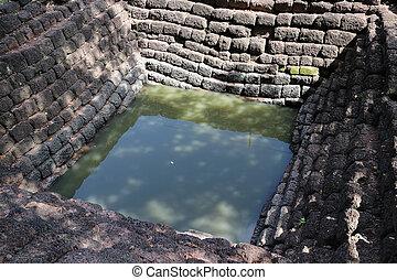 starobylý, laterite, rybník, srithep, archeologický, udělal, město, petchaboon, čtverec, kámen, thailand., poloha