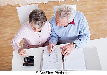 starsza para, liczenie, budżet