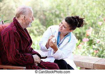 starszy człowiek, z, doktor, albo, pielęgnować