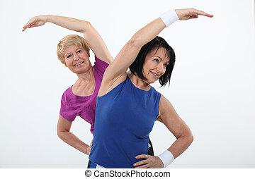 starszy, poza, pracujący kobiety