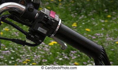Starting Motorbike - Canon HV30. HD 16:9 1920 x 1080 @ 25.00...