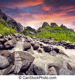 Starting river from the glacier - Starting river from the...