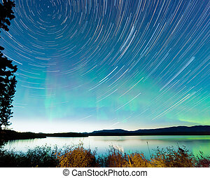startrails, noorderlicht, display, meer, laberge