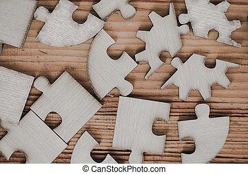 stary, drewniany, zagadka, wyrzynarka, umieszczony, stół.