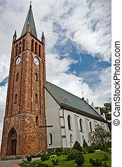 stary kościół, robiony, z, czerwona cegła, w, lato