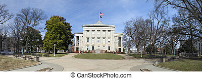 state capitol of north carolina - state capitol building and...