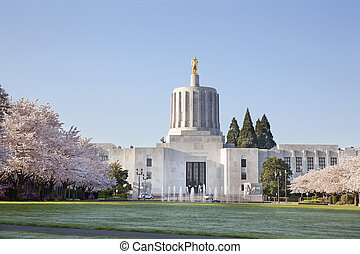 State of Oregon Capitol - SALEM, OREGON - MARCH 23, 2014:...