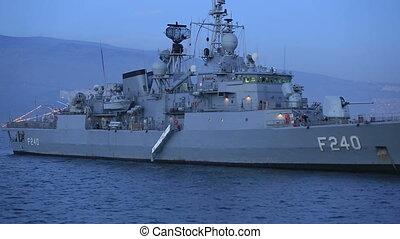 statek, fregata, wojna
