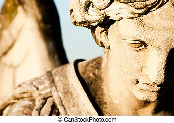 statua anioła, szczegół