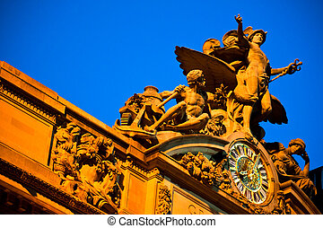Statue at Grand Central Terminal - Statue of Mecury at the...