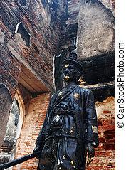 Statue at Lop Buri