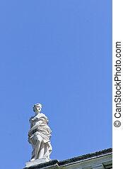 Statue at Schoenbrunn