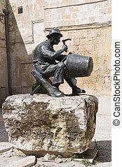 statue., bronze