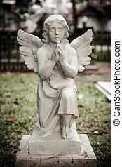 statue, de, ange, dans, vieux, cimetière
