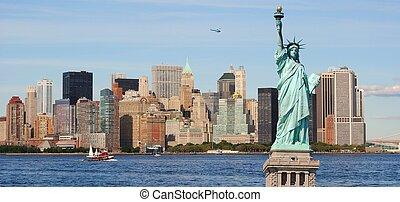 statue freiheit, und, new york city skyline