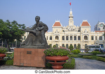 Statue Ho Chi Minh