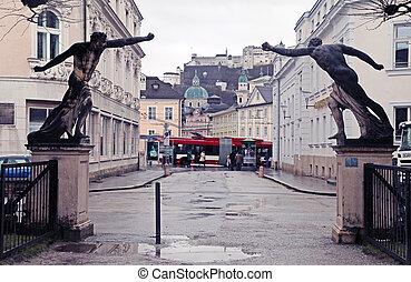 statue, in, mirabell, kleingarten, in, der, salzburg,...