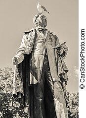 Statue in Oslo