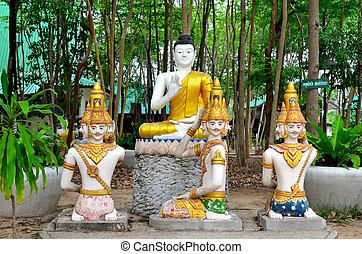statue in thai temple