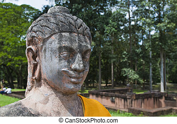Angkor Temples - Statue near the Terrace of the Elephants ...