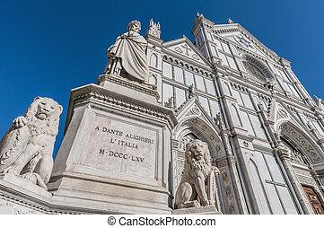 Statue of Dante Alighieri in Florence, Italy