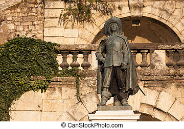 statue of D'Artagnan in Auch, in Gascony, in cons diving