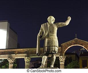 Statue of Emperor Constantine, Milan