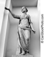 Statue of Latona.