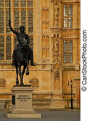 Richard The Lion Hearted - statue of Richard The Lion ...