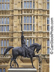 Richard the Lionheart - Statue of Richard the Lionheart ...