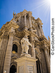 Statue of Saint Paul at the Siracusa Cathedral, Sicily, Italy