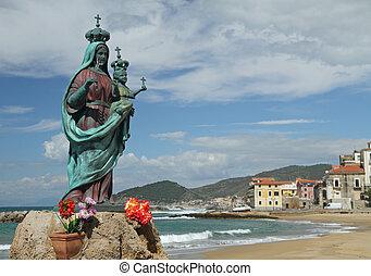 statue of Santa Maria a Mare in Marina Piccola of Santa ...