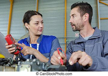 statut, ingénieurs, liste, switchgear, distribution, vérification