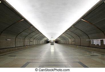 stazione, sottopassaggio