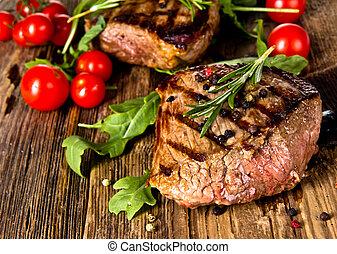 Steak - Grilled steak with vegetable