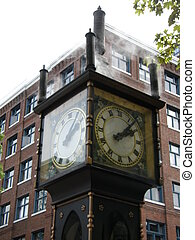 Steam Clock in Vancouver, Canada - Steam Clock in Gastown in...