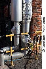 Steam & condensate isolating valves - lagged steam &...