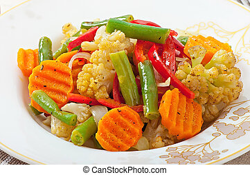 Steamed vegetables - cauliflower, green beans, carrots and ...