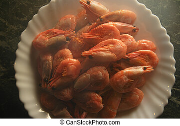 Steaming shrimps - Steaming plate of shrimps