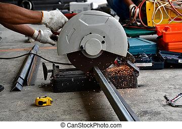 steel cutter machine