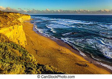 Steep ocean shore of Australia
