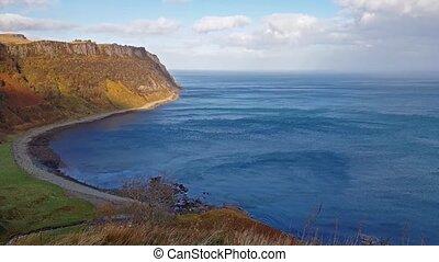 Steep sea cliffs at Bearreraig Bay - Isle of Skye ,...