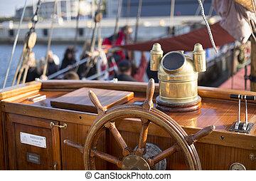 Steering wheel of an old sailing sh