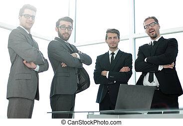 stehende , büro., gruppe, geschäftsmenschen