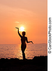 stehende , silhouette, frau, joga haltung